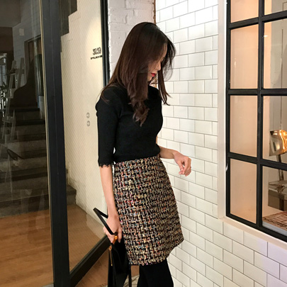 Tweed Mini Pencil Skirt