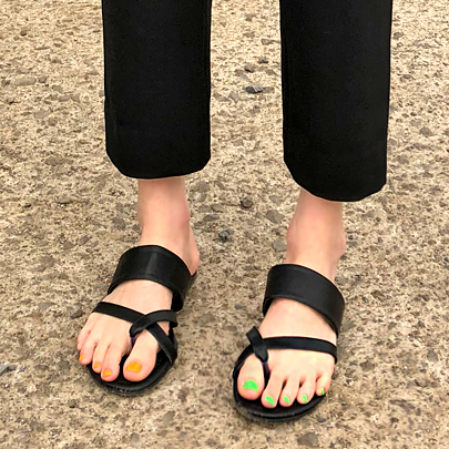 Crossed Toe Loop Sandals