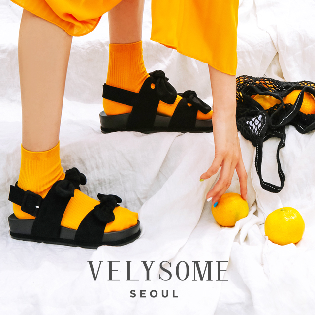 [VELYSOME] Ribbon Strap Flat Sandals