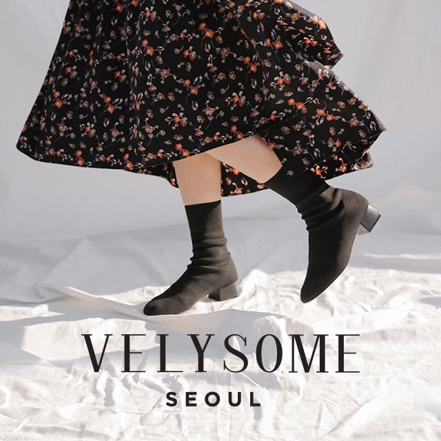 [VELYSOME] Round Toe Mid Heel Knit Boots