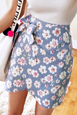 Side Ribbon Tie Floral Wrap Skirt