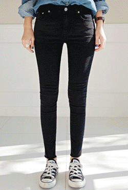 [VELYJEAN] No,104 Stretchy Slim Black Jeans