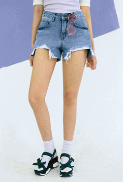 Step Hem Denim Cutoff Shorts