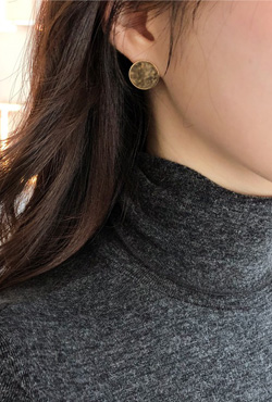 Gold Tone Disc Stud Earrings
