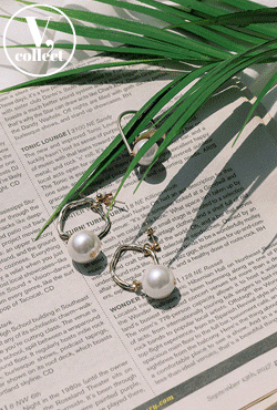 [V,Collect] Dangling Big Faux Pearl Earrings