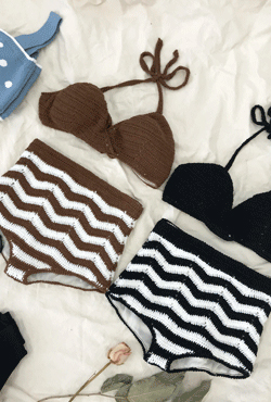 [SUMMER VELY] Knitted Stripe Two-Piece Bikini