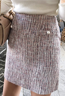 Pearl Button Fitted Tweed Skirt