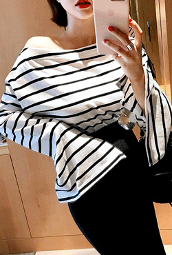 Wide Sleeves Stripe T-Shirt