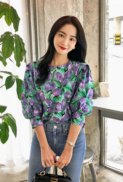 Floral Balloon Sleeve Blouse